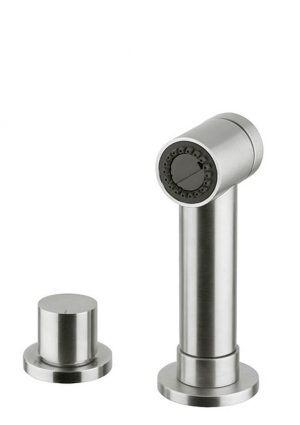 Clients wouldn't stop requesting a simple head in stainless steel to replace the tap. So I designed this model,