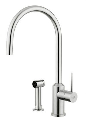 Similar to the Rampina model, Galeone, kitchen tap in stainless steel, has a similar yet redesigned structure, but its character softens the sharpest corners to obtain a smoother and more reassuring style.